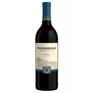 WOODBRIDGE MERLOT 750mL